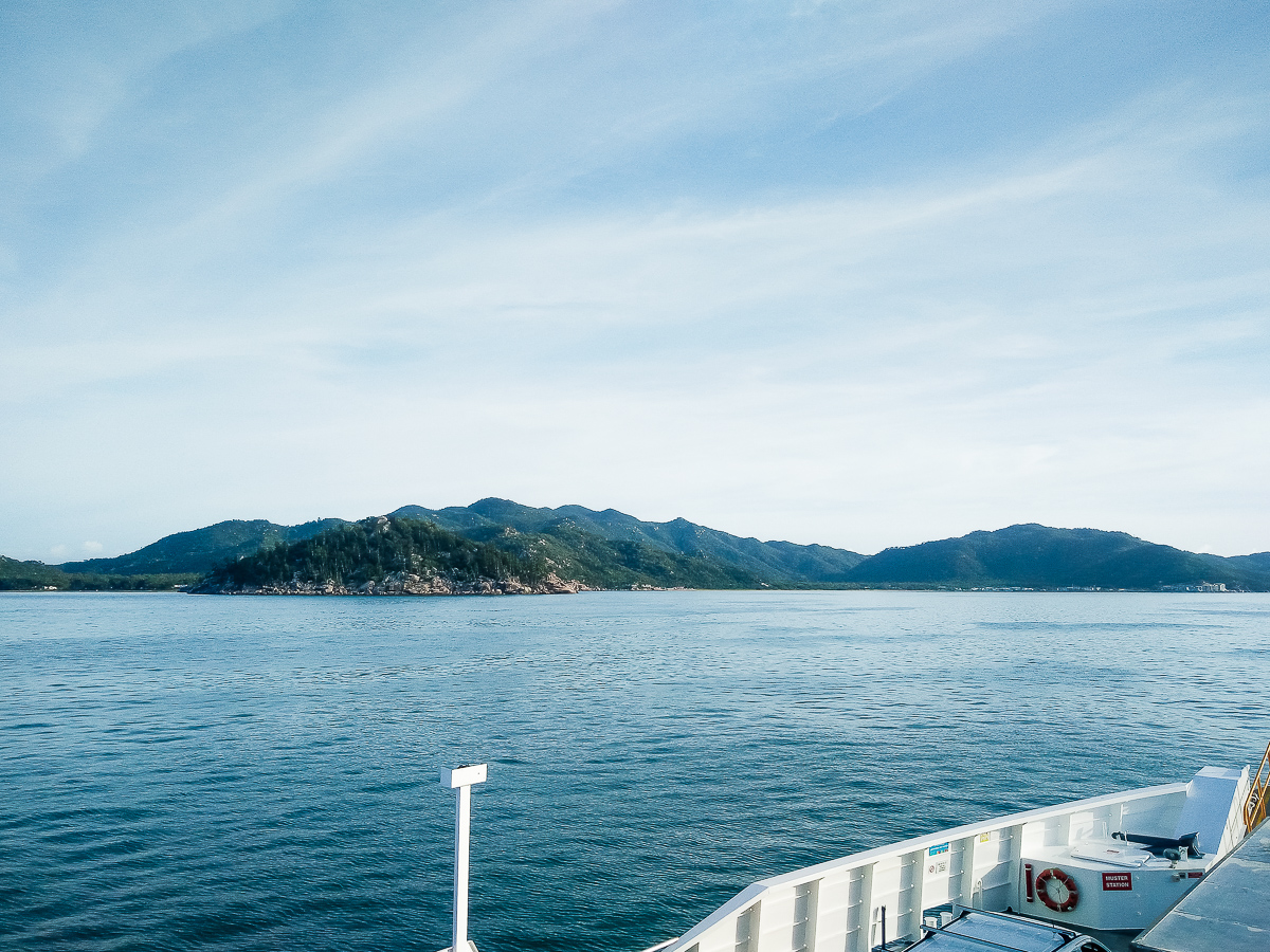 ferry pour magnetic island