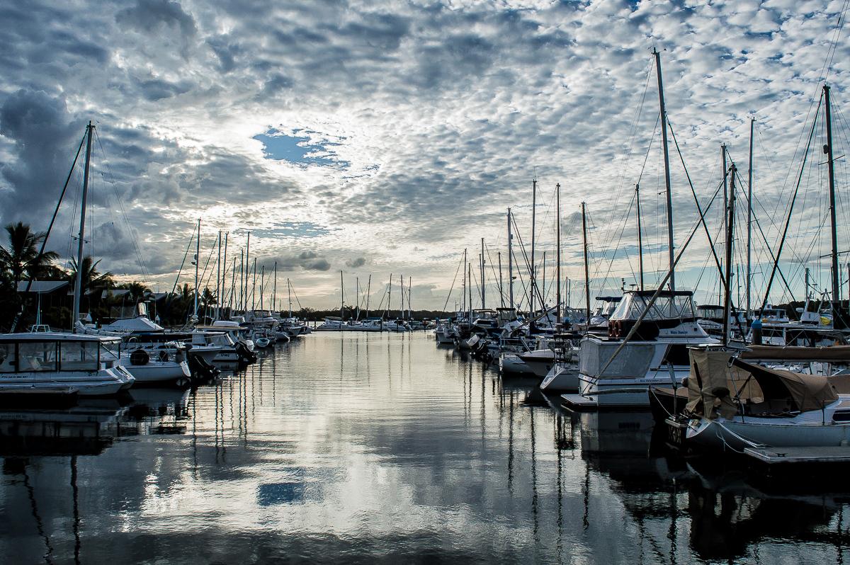 coucher de soleil dans le port de tin can bay