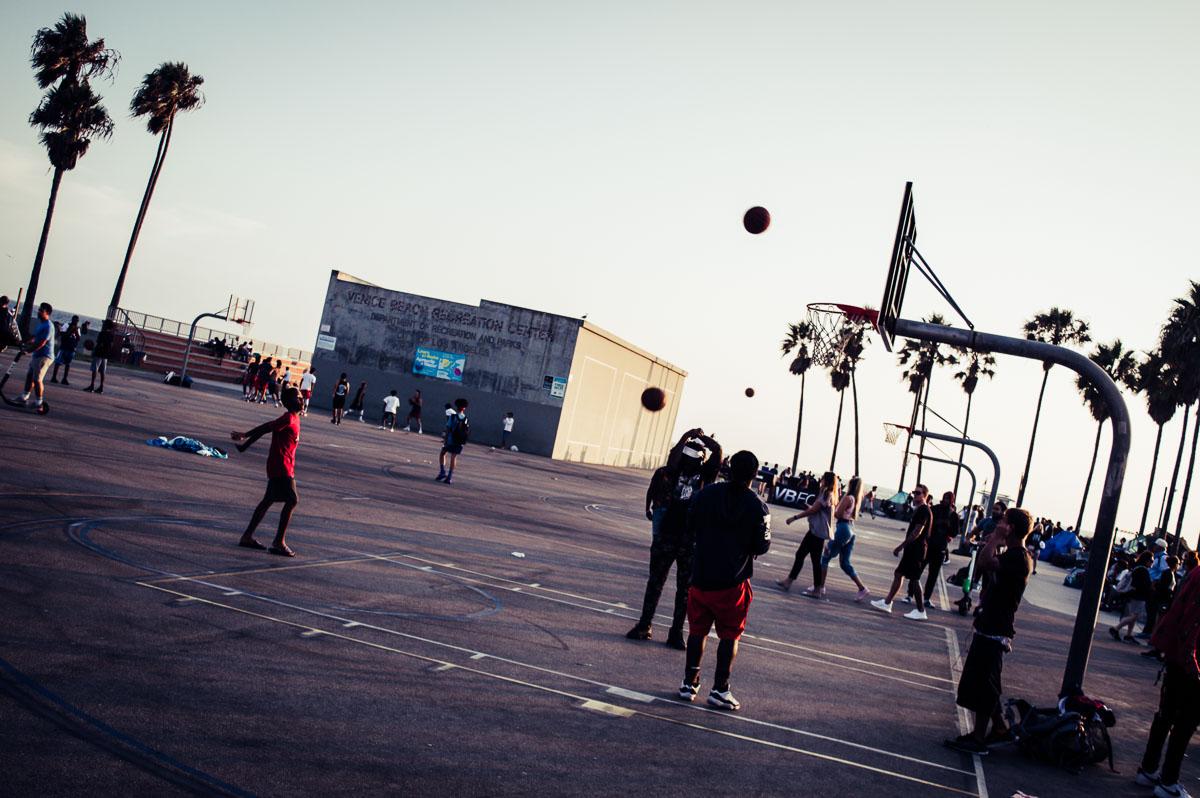 basketteurs à venice beach