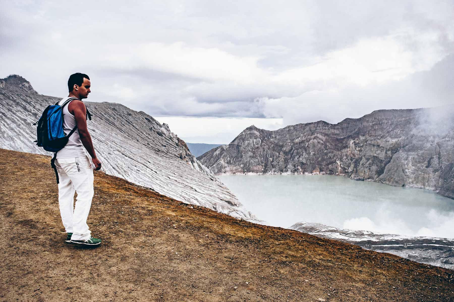 faire l'ascension du volcan Ijen