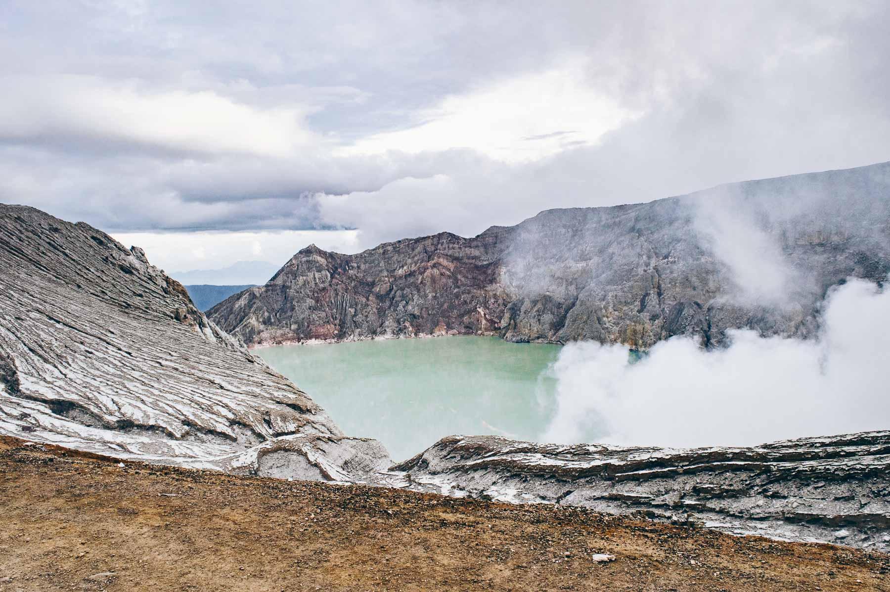 voir les flammes bleues du volcan Kawah Ijen