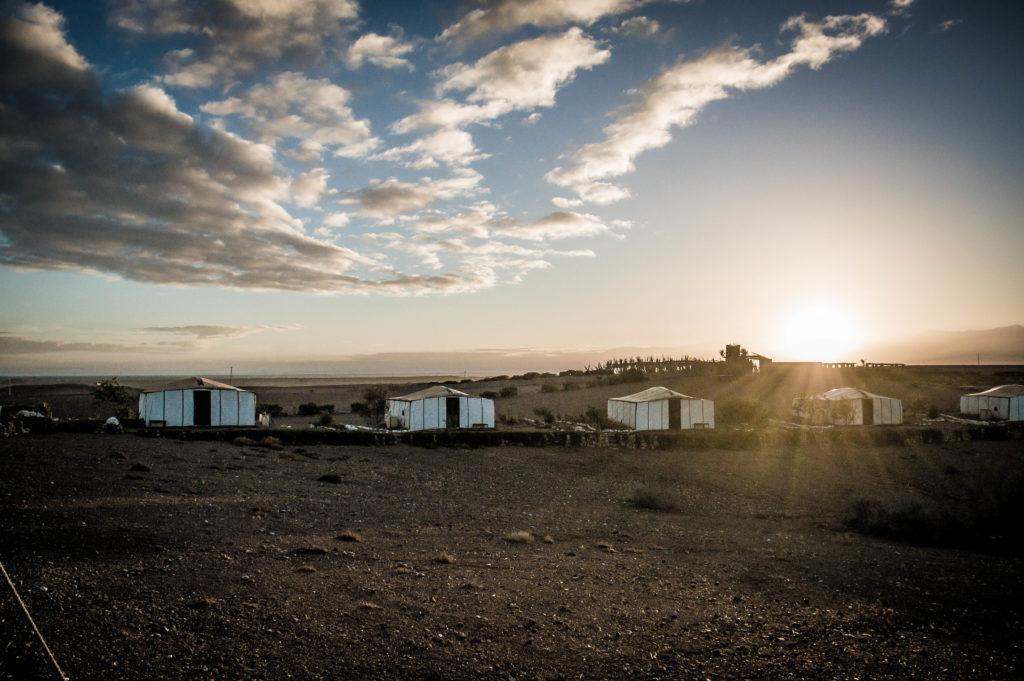 lever de soleil dans le désert d'Agafay