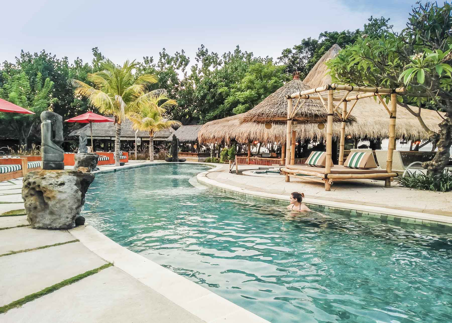 piscine de l'hôtel Taman Sari Resort
