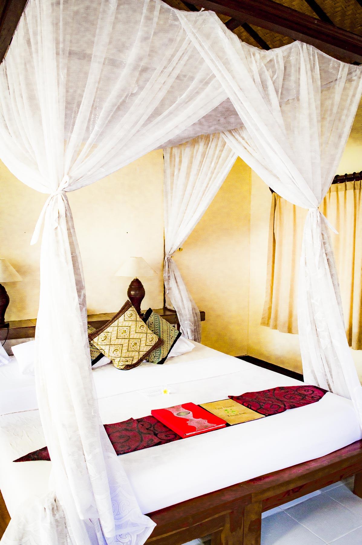 chambre de l'hôtel taman sari