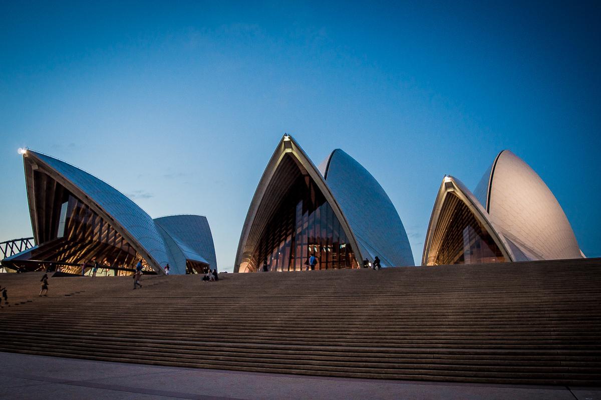 visiter l'opéra de sydney éclairé
