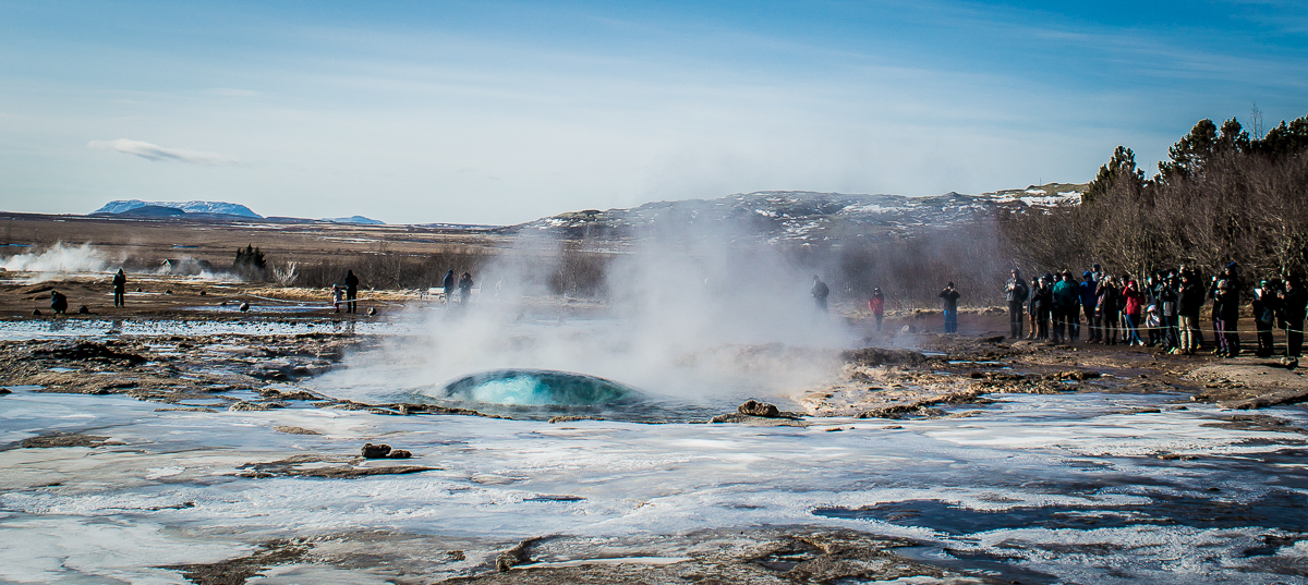 bulle d'eau précédent le geyser de Geysir