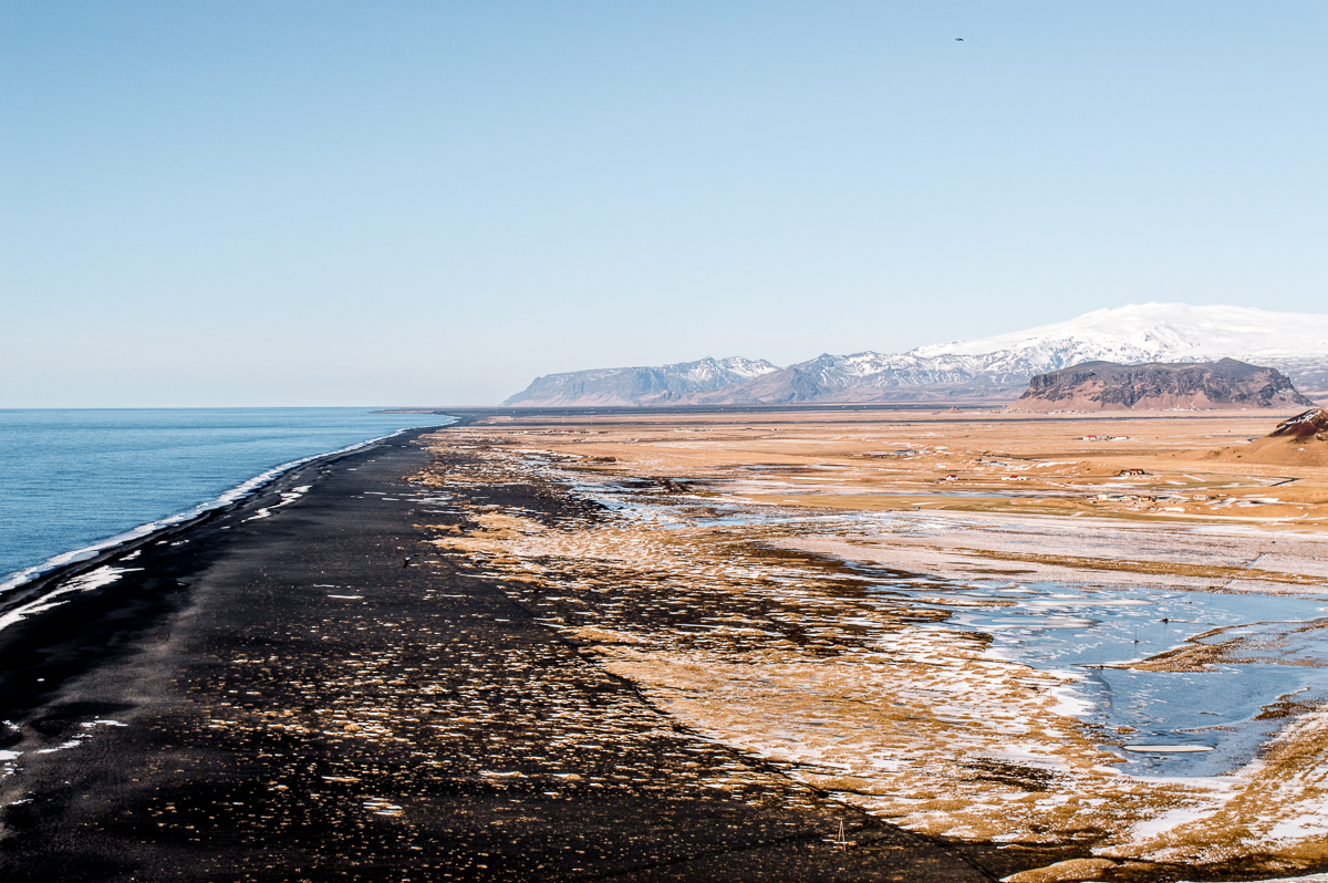 plage noire de dyrholaey