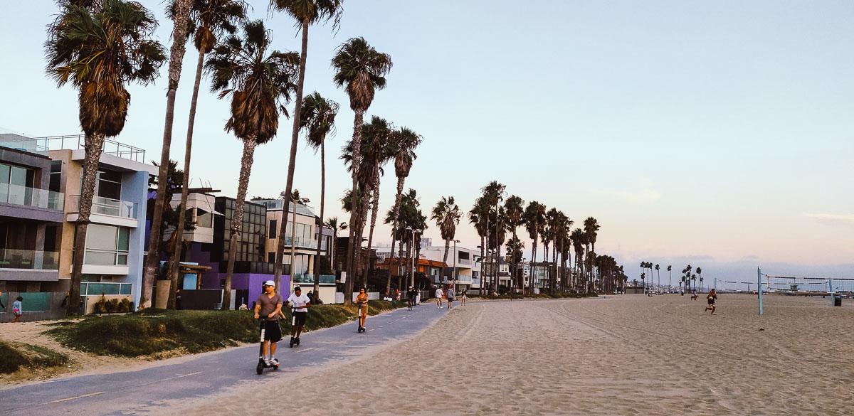 trotinette à Venice Beach