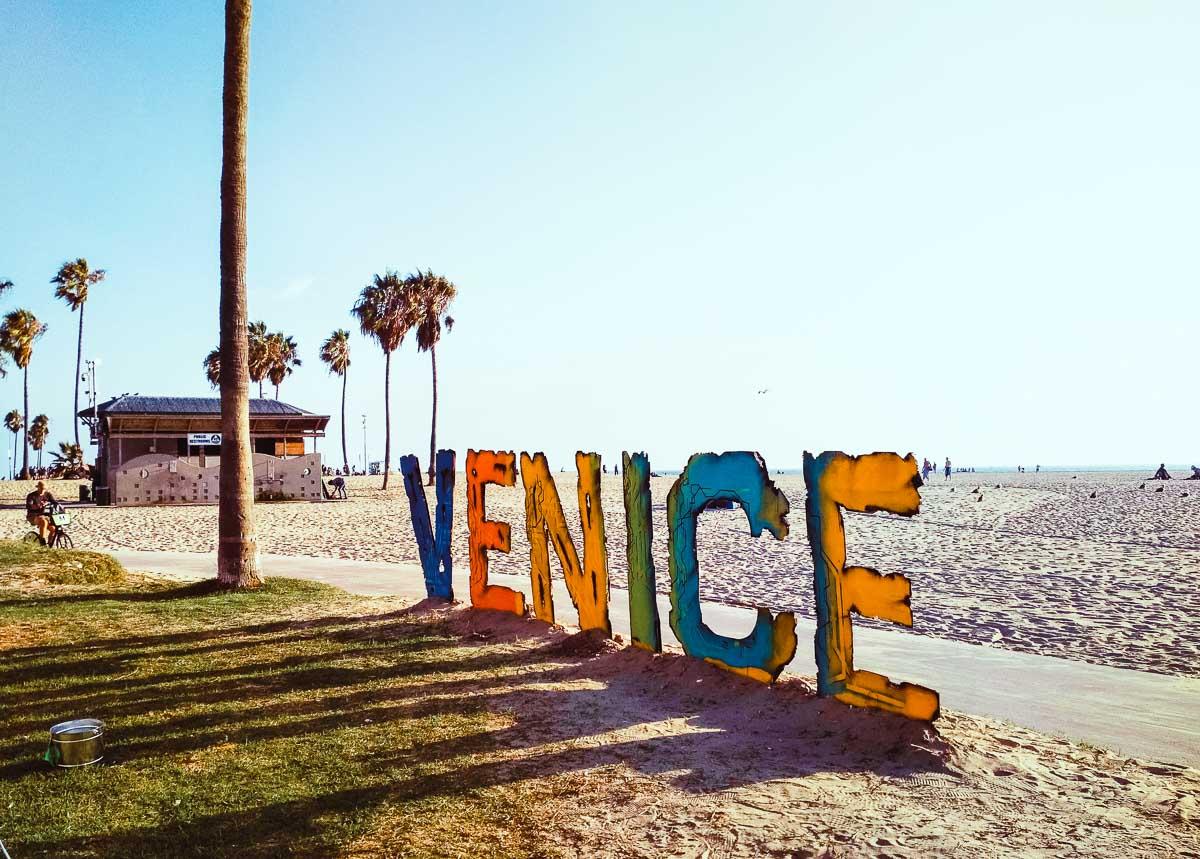 signe venice sur la plage