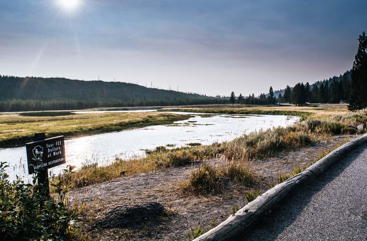 coucher de soleil vers madison river à yellowstone