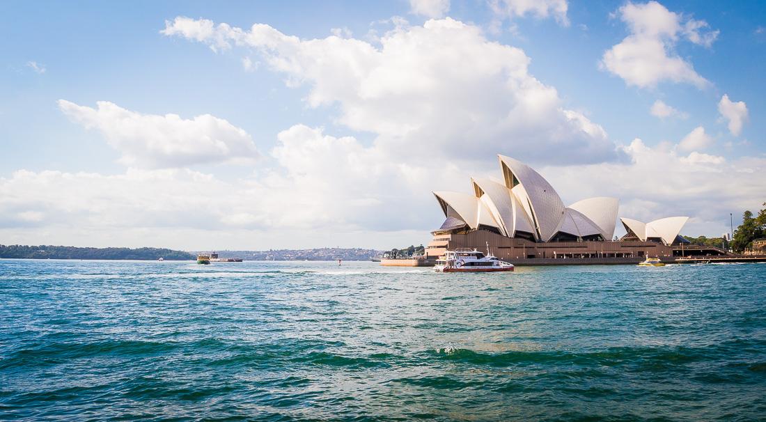 opera de Sydney vu du bateau
