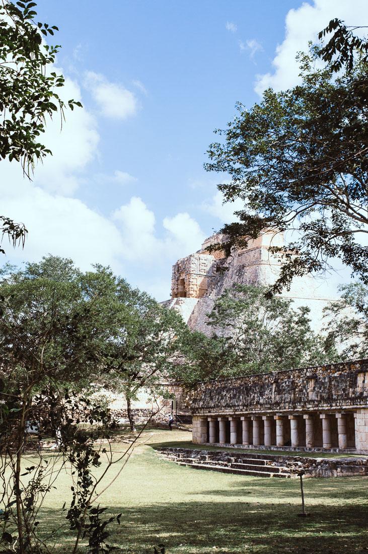 pyramide maya à Uxmal