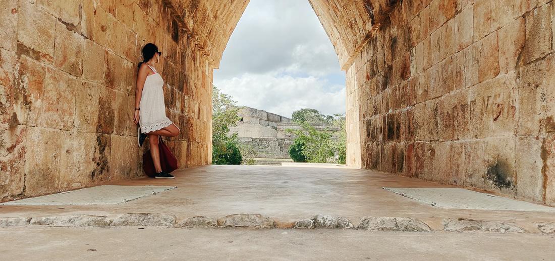 arche dans les ruines d'Uxmal