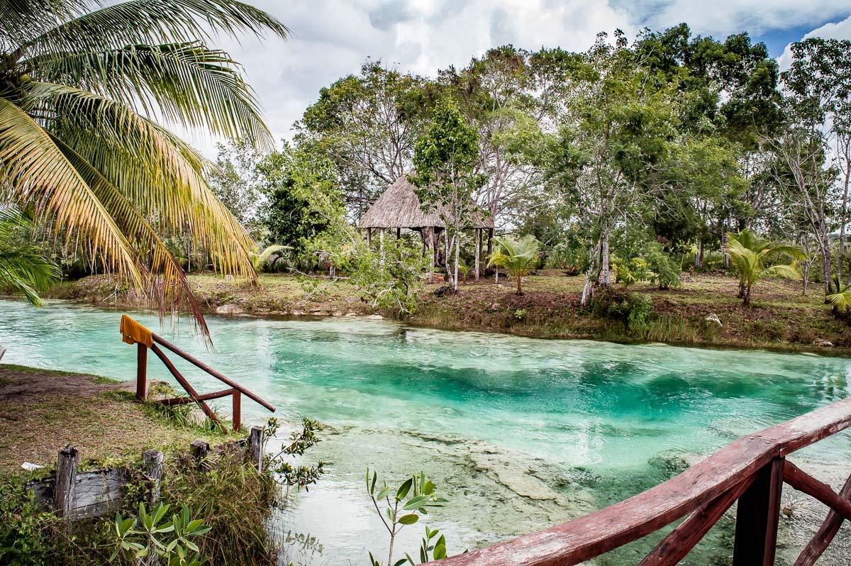 los rapidos de la lagune de bacalar