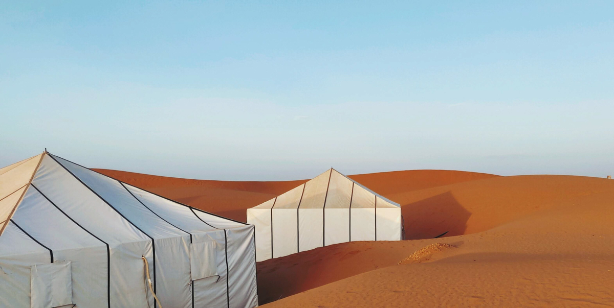 tente berbère pendant le trophée roses des sables