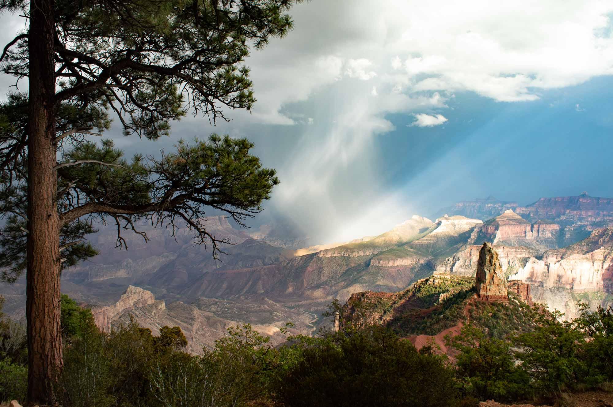 arc en ciel sur le grand canyon