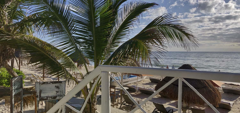 plage de l'hotel punta piedra à tulum
