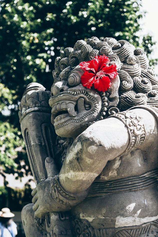 statue balinaise du temple Taman Ayun