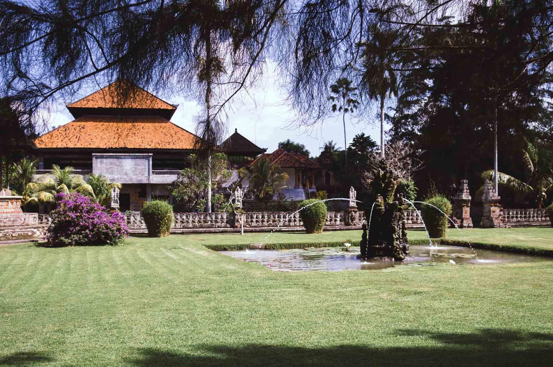 jardins du temple taman ayun