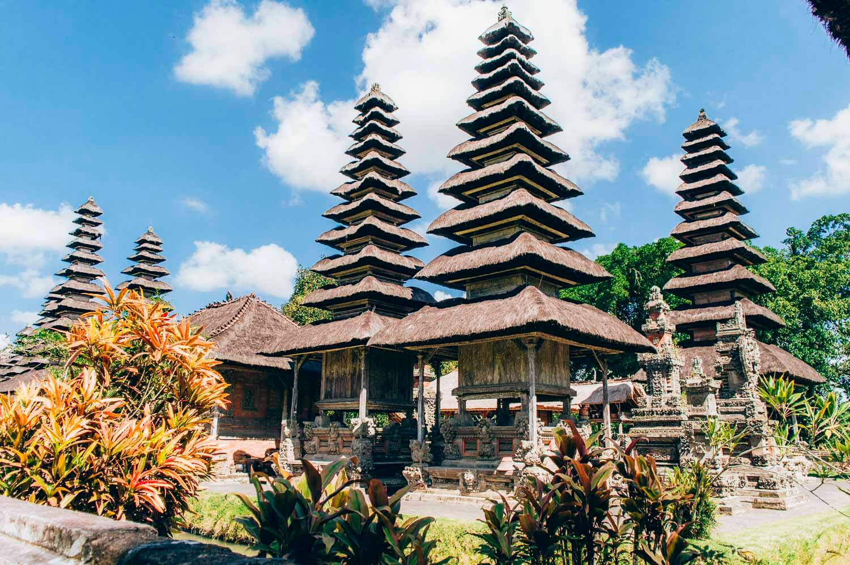 meru du temple taman ayun de Bali