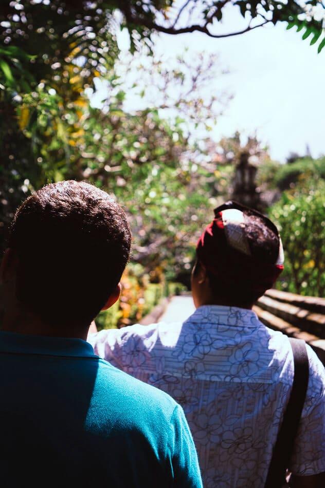 promenade dans les jardins du temple Taman Ayun